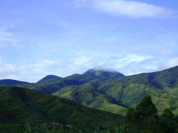 View of Mt. Kalatungan (Photo by Mijan Pizzaro)