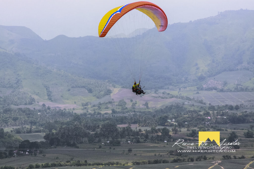 How the tandem paraglide look like from the jump ogff area